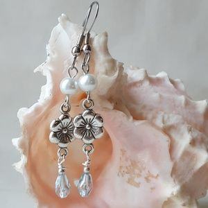 Jewelry - Dainty Silver, pearl, crystal floral earrings